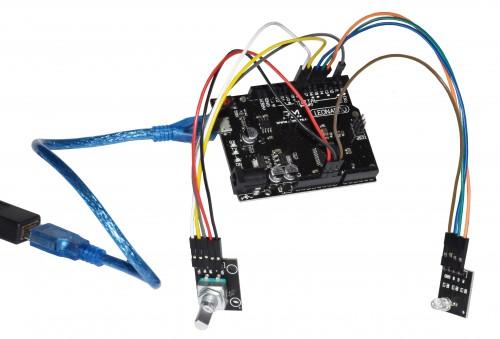 Arduino Mikrocontroller mit Ein- und Ausgabekomponenten